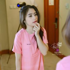 Cover Lagu Idola, Prilly Latuconsina Jalani Latihan Serius