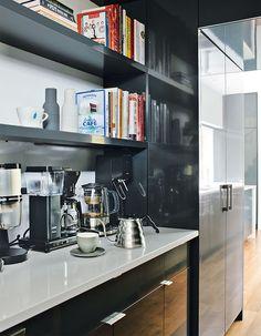 Cute modern kitchen.