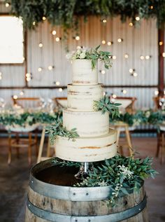 120 Best Rustic Wedding Cakes Images In 2019 Country Wedding Cakes