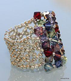 Beaded ring - so pretty