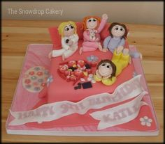 sleep over  Cake by thesnowdropcakery