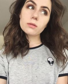 dodie needs to stop being so absolutely and astonishingly beautiful
