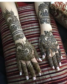 New and Trendy Bridal Mehndi designs Full Mehndi Designs, Traditional Mehndi Designs, Mehndi Designs Feet, Khafif Mehndi Design, Henna Art Designs, Mehndi Designs For Girls, Dulhan Mehndi Designs, Mehndi Design Pictures, Beautiful Henna Designs