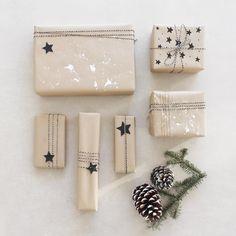 DIY Geschenkpapier zu Weihnachten: Puristisches Päckchen packen | Finjas white living Geschenke | verpacken