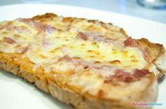 Receta de Crostini de jamón y queso de dificultad Muy fácil para 4 personas lista en 20 minutos.