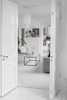 'Minimal Interior Design Inspiration' is a biweekly showcase of some of the most perfectly minimal interior design examples that we've found around the web - Interior Design Examples, Beautiful Interior Design, Interior Design Inspiration, Living Room Interior, Home Living Room, Living Area, Living Spaces, Monochrome Interior, White Apartment