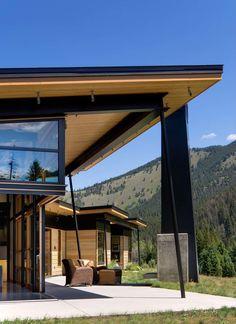 Прекрасный дом на берегу реки в Монтане от компании Balance Associates Architects #Architecture #Interier #Design #House