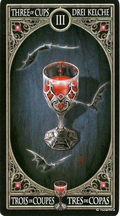 3 de coupes - Tarot gothique par Anne Stokes
