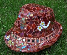 Create an amazing Mosaic Hat with detailed project instructions. Made with stained glass, millefiori & ceramic tiles it is truely unique.