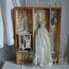 Assemblage art mixed media and collage di MesssieJessie su Etsy