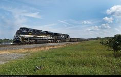 RailPictures.Net Photo: NS 1065 Norfolk Southern EMD SD70ACe at North East, Pennsylvania by CitySlicker