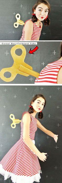 Wind-Up Doll | 30+ DIY Halloween Costumes for Women #halloweencostumesforwomen