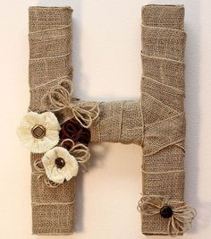 Burlap Monogram   Burlap Monogram Wreath   DIY Burlap Letter
