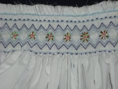 Hand made smocking dresses: smocking pattern - ready to cut