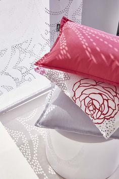ambiance panneaux japonais flora et tissu mistigri sur. Black Bedroom Furniture Sets. Home Design Ideas