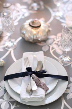 Elegant Sparkling Silver Table..