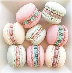 Macarons by Posh Little Cakes Cute Desserts, Delicious Desserts, Dessert Recipes, Yummy Food, Macaroon Cookies, Pink Cookies, Cute Baking, French Macaroons, Pink Macaroons