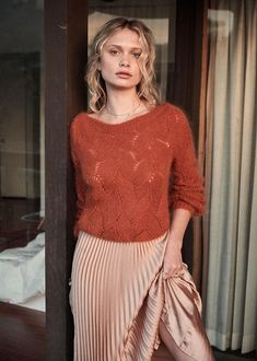 Sézane Avril Boat Neckline Pullover in Cinnamon Patterned Knit Mode Plus, Mode Chic, Sweater Layering, Black Turtleneck, Pleated Midi Skirt, Clothing Items, Knitwear, Jumper, Style Inspiration
