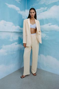 15 Less Expensive Stores To Shop At If You Love Aritzia Wide Leg Trousers, Trousers Women, Pants For Women, Yellow Suit, Look Formal, Fast Fashion Brands, Gingham Pants, Flowy Pants, Women's Pants