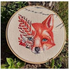 Diy Embroidery Flowers, Embroidery Flowers Pattern, Simple Embroidery, Hand Embroidery Stitches, Modern Embroidery, Crewel Embroidery, Embroidery Hoop Art, Hand Embroidery Designs, Embroidery Online