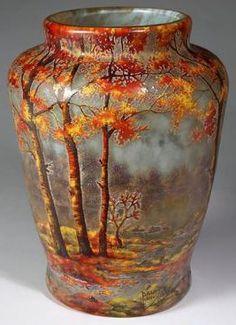 DAUM, un style de vie depuis 1878 (France) Art Nouveau, Pottery Painting, Pottery Art, Porcelain Ceramics, Ceramic Art, Fine Porcelain, Glass Painting Designs, Keramik Vase, Crushed Glass