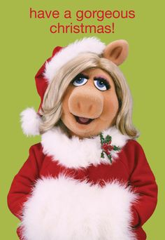 Miss Piggy rocks Santa outfit!