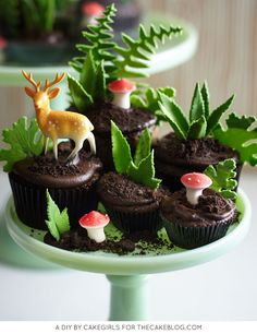 DIY Cupcake Terrarium - an edible cupcake landscape filled with leaves, petite mushrooms and novelty deer | Cakegirls for TheCakeBlog.com
