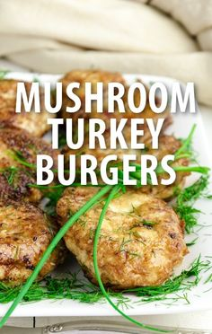 Ryan Scott shared his recipes for a juicy turkey burger and a fresh fruit jubilee. http://www.recapo.com/the-talk/the-talk-recipes/talk-ryan-scott-turkey-burger-mint-raspberry-jubilee-recipes/