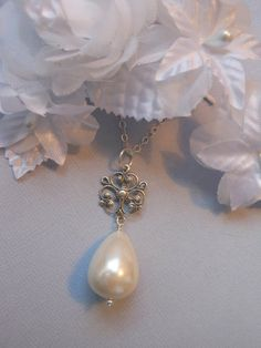 BRIDESMAIDS GIFTS Set of 6 Teardrop Pearl