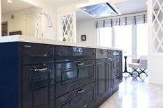 キッチンハウス/オーダーキッチン/オープンキッチン/アイランドキッチン/ゆとりある空間 /インテリア/デザイン/框/框扉 Kitchen Cabinets, Blue, Home Decor, Decoration Home, Room Decor, Kitchen Base Cabinets, Dressers, Kitchen Cupboards, Interior Decorating