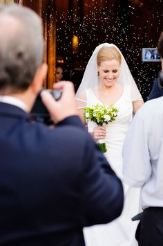 Planujesz ślub i szukasz dobrego fotografa? Reportaż ślubny wraz z sesją w plenerze! Zapraszam na moją stronę poświęconą fotografii ślubnej www.jarekjaskolski.pl Jarek Jaskólski  #fotograf #ślubny #warszawa #fotografia #ślubna #portret
