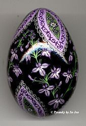 Pale Spiked Lobelia Double Yolk Turkey Pysanka The art of pysanky. So much prettier and way more fun than simple dying of eggs during Lent/Easter. Egg Crafts, Easter Crafts, Arts And Crafts, Egg Shell Art, Painted Rocks, Hand Painted, Carved Eggs, Easter Egg Designs, Ukrainian Easter Eggs