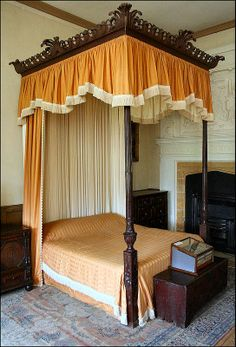 Where the Highly Ranked Retire - The bed in the Hall Chamber at Montacute House in Somerset UK #lifestyle
