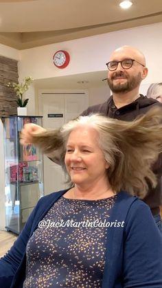 ᒍᗩᑕK ᗰᗩᖇTIᑎ (@jackmartincolorist) • Instagram photos and videos Grey Hair Transformation, Short Grey Hair, Silver Hair, Roots, Texas, Hair Beauty, Photo And Video, Instagram, Videos