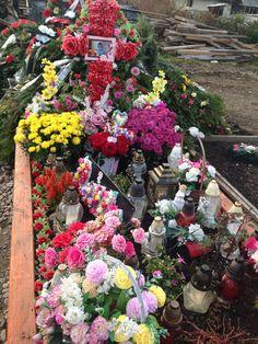 Floral Wreath, Wreaths, Home Decor, Romania, Floral Crown, Decoration Home, Door Wreaths, Room Decor, Deco Mesh Wreaths