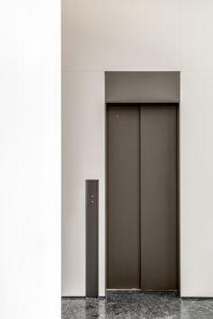 Modern Office Design, Office Interior Design, Office Interiors, Lift Design, H Design, Design Trends, Elevator Lobby Design, Tall Cabinet Storage, Locker Storage
