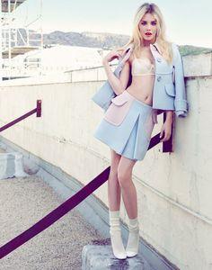"""Chic Easy"" Ashley Smith Harper's Bazaar Singapore"