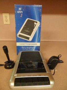 CASSETT RECORDER.BUILT IN MICROPHONE & ONE TOUCH RECORDING. BY ONN. NEW IN BOX