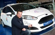 from #grey to #white Peter Andre drew #designs on this #ford for #cancerresearch #UK