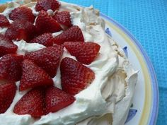 Fat-Free Strawberry Pavlova - Fiona Haynes