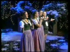 ▶ The Von Trapp Children sing on The View - YouTube