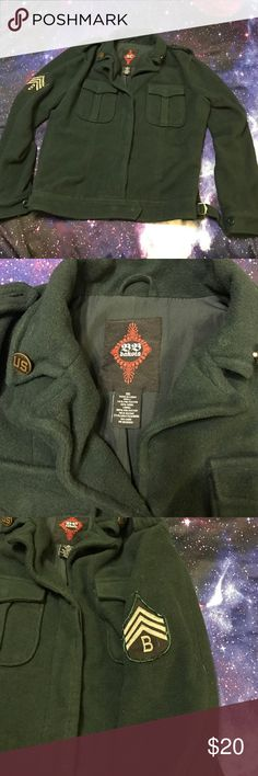 Hot Topic Military Peacoat Jacket This is a military green jacket from Hot Topic. This jackets has a military batch on each arm, as well as military style brass buttons. One button is missing from the top right collar bone area. A quick fix for the sewing inclined, otherwise it is in perfect condition. Questions? Ask away! Make me an offer! Hot Topic Jackets & Coats Pea Coats