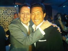 I believe the best word to describe Michael Emerson with is 'adorkable'. When I saw this picture of him and Daniel Dae Kim I just died.