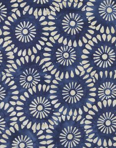 DAISY BLOCK in Navy B-1392 - Tonga Calypso Blue - Timeless Treasures Hand Stamped Batik - 1 Yard on Etsy, 8,34€