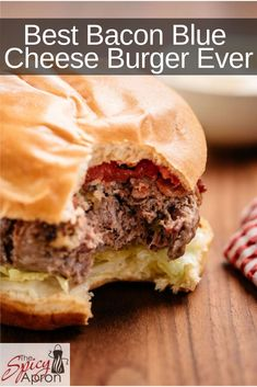 Sous Vide Cooking turns out the Best Burgers you'll ever have! This sous vide burger is loaded with bacon and blue cheese. Delicious juicy hamburgers are waiting for you. Vegan Ground Beef, Ground Beef Recipes, Top Recipes, Sweet Recipes, Yummy Recipes, Salad Recipes, Sous Vide Burgers, Recetas Salvadorenas, Best Bacon