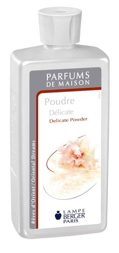 Parfum de Maison Poudre délicate. Tout en délicatesse et légèreté, ce parfum au raffinement extrême exalte la féminité.