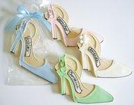 Wedding Cookies - Bridal Shower  Cookie Favors. #Blue #Green #Pink #Edible. @Celebstylewed
