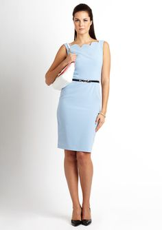 I WANT THIS DRESS IN MY LIFE!!!!! SINGLE Scallop Neckline Dress