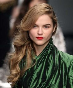 Ten Hottest Hair Trends Straight off The Catwalks