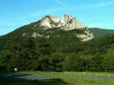 Seneca Rock in West Virginia by Ralph K Anderson